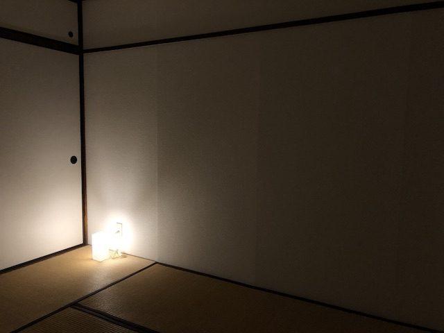 ミニマリスト和室寝室夜の風景2