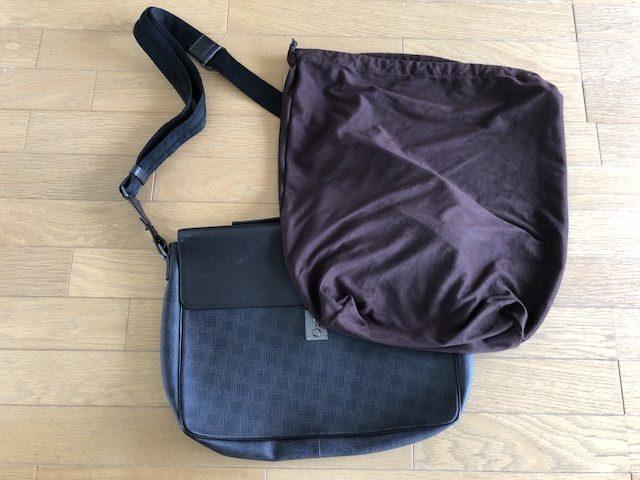 男性ミニマリストのバッグ4