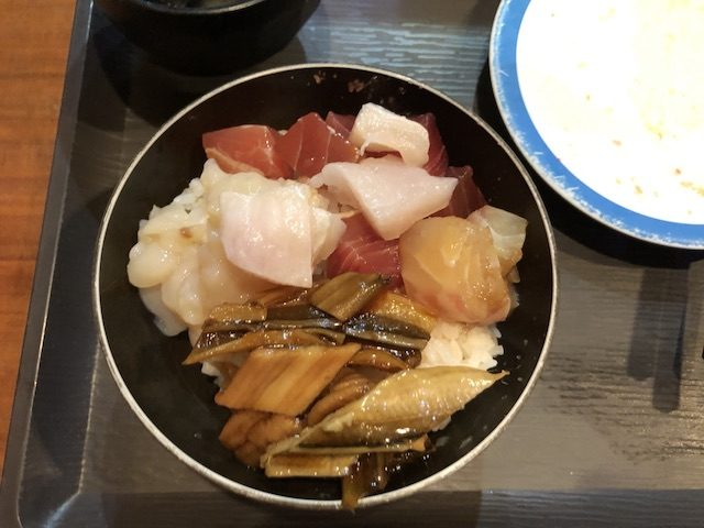 札幌すすきの魚のあんよ7